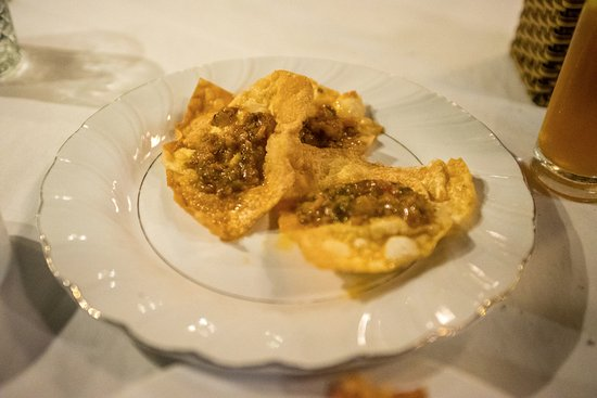 Chinh's Riverside Restaurant - Hoi An: Wontons to die for