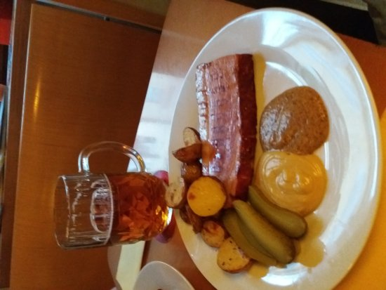 CP1 Café & Wine Bar: 20170418_194207_large.jpg