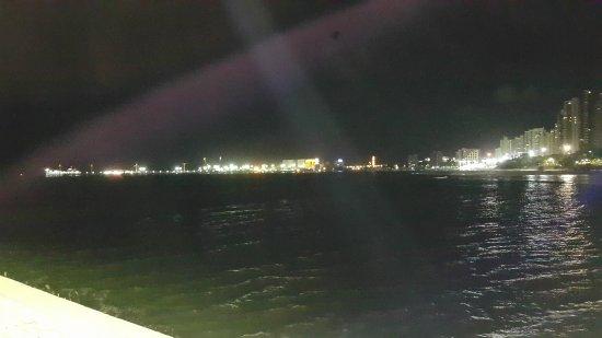 Meireles Beach: 20170422_203255_large.jpg