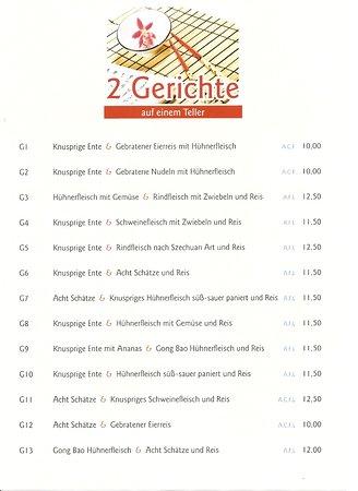 Hall in Tirol, Østrig: 2 Gerichte auf einen teller