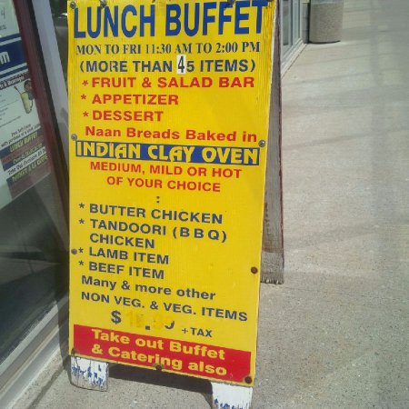 Indian Punjabi Clay Oven: Buffet