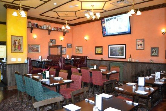 Tysons Corner, VA: Dining Room
