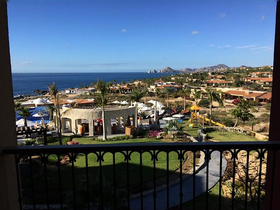 Hacienda Encantada Resort & Spa: View of Arches and Ocean from our fourth floor room.