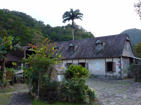 Vieux-Habitants, Guadalupe: Les bâtiments