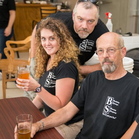 Berkeley Springs, Virginia Barat: Seriously, we love beer.