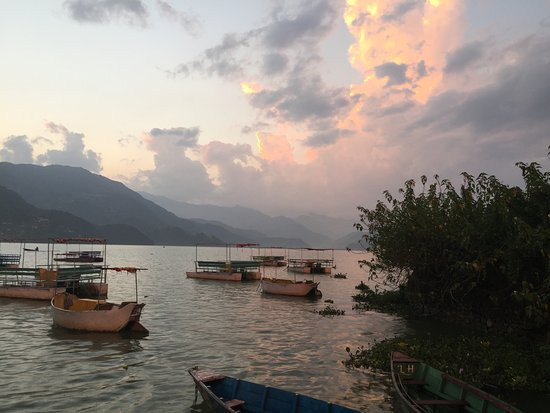 Kathmandu Valley, Nepal: Romantisch am Lake Pokhara