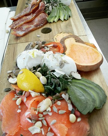 Burscough, UK: Saturday Brunch Nourish Boards