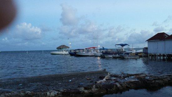 Corona Del Mar Hotel And Apartments San Pedro Belize