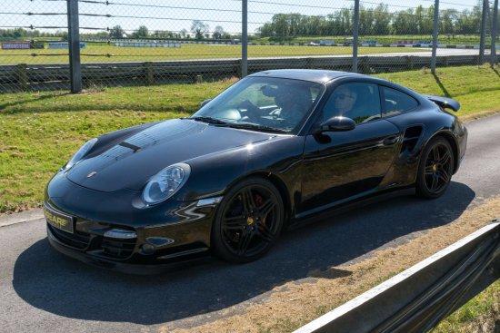 6th Gear Experience : Punchy Porsche