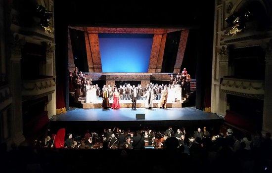 National Opera and Ballet: Curtain Call Attila