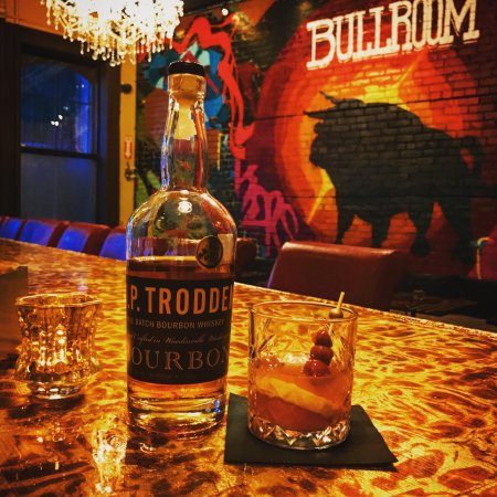 Middletown, NY: The Bullroom