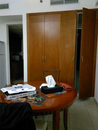 Rose Garden Hotel Apartments - Bur Dubai: IMG_20170413_113900_large.jpg