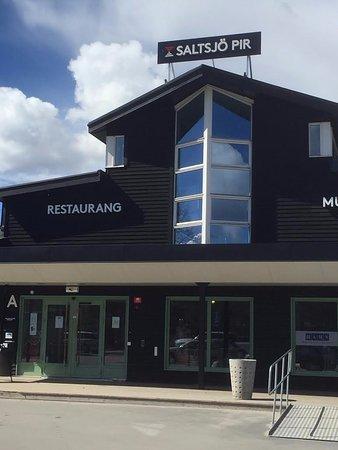 Saltsjobaden, السويد: Restauranghuset utifrån