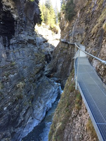 Leukerbad, Suiza: photo0.jpg