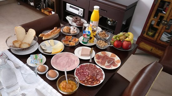 El Poble Nou Del Delta, Spanje: Desayuno