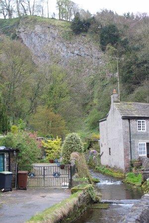 Castleton, UK: On the way to Peak Cavern