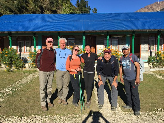 Kathmandu Valley, Nepal: Team spits :( - on to Ghandruk :)