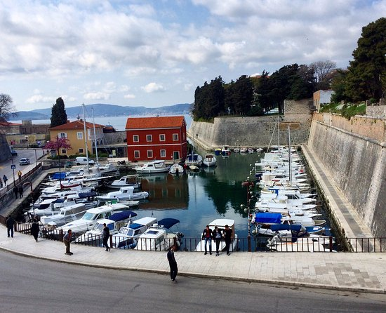 Small marina zadar picture of boutique hostel forum for Best boutique hotels in zadar