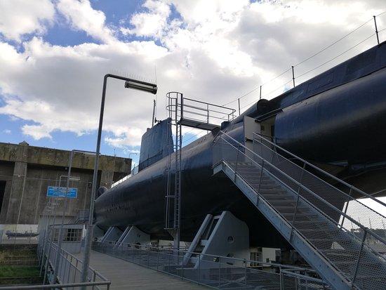 Flore Submarine base