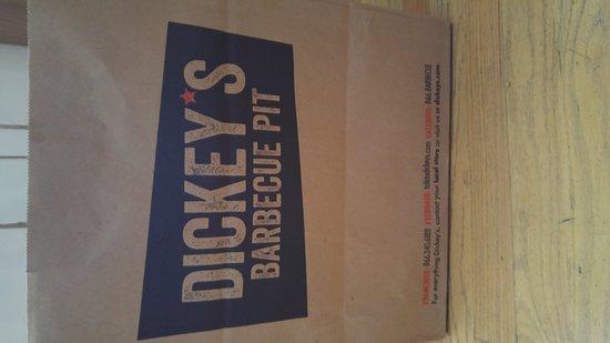 ออเบิร์น, วอชิงตัน: Dickey's Barbecue Pit