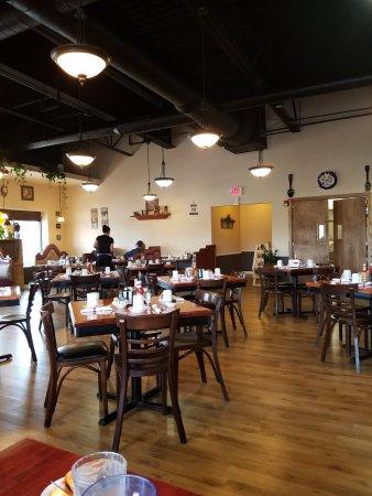 Oswego, IL: Main dinning room