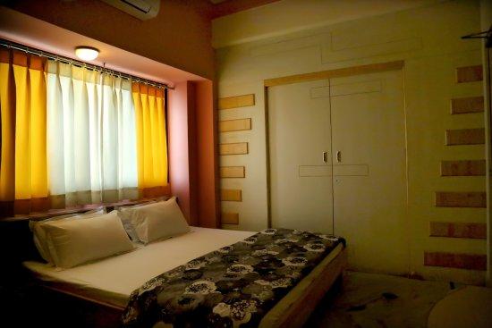 Vrinda Hotel