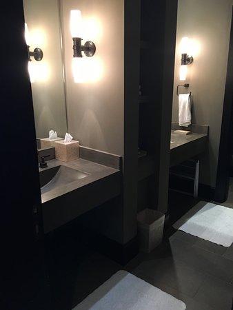 Travelers Rest, SC: double sinks