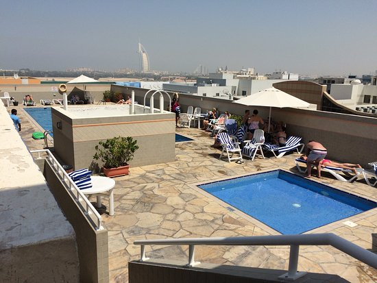 Rose Garden Hotel Apartments Al Barsha Pool