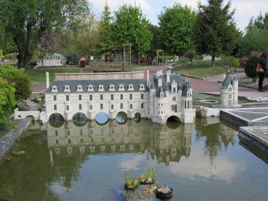 Parc des Mini-Chateaux: Chenonceau
