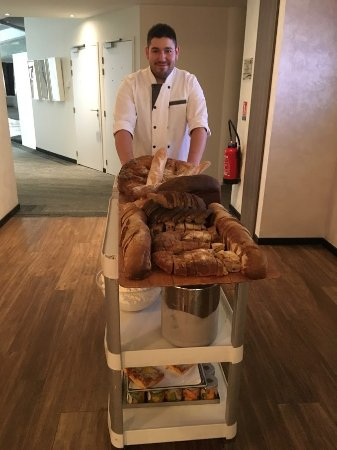 Sophia Antipolis, France: Fresh bread in the morning