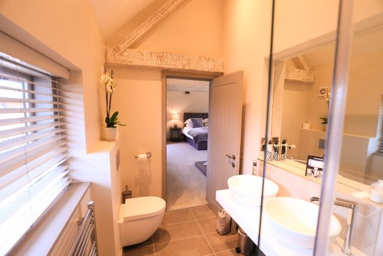 Colwall, UK: Hill View Bath Ensuite
