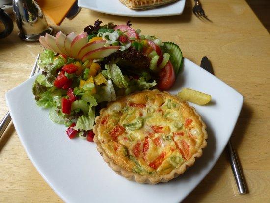 Dornoch Patisserie and Cafe: photo0.jpg