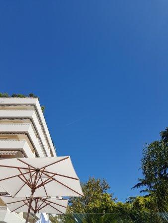 Hotel Le Canberra: vu de la piscine