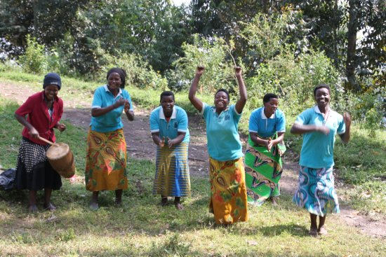 Clouds Mountain Gorilla Lodge: Local Women's Group