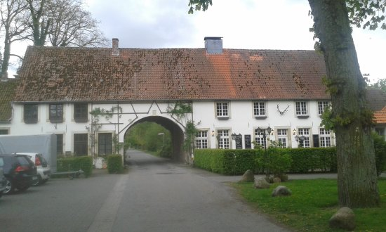 20170422_180250_large.jpg - Bild von Klosterschänke Karthaus, Dülmen ...