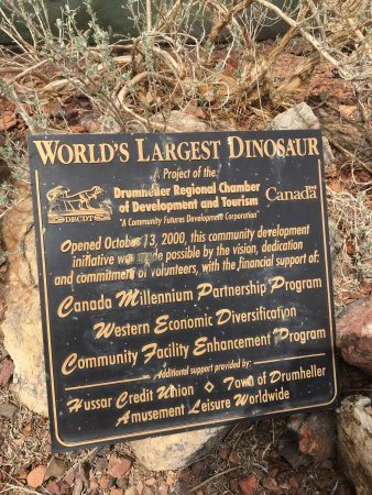 World's Largest Dinosaur: photo2.jpg