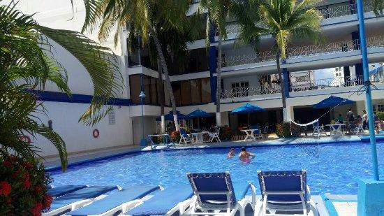 Sol Caribe San Andres: linda piscina