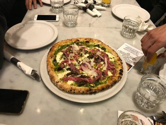 Port Moody, Kanada: Championship Pizza