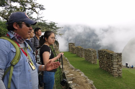 Private Tours Peru: David + our group at Machu Picchu