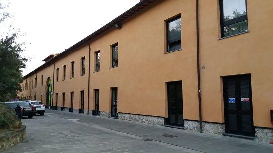 Laterina, إيطاليا: Esterno dell'Hotel (facciata principale)