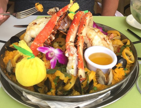 Majestic Hotel South Beach Has The Best Mojitos Chef S Paella Is A