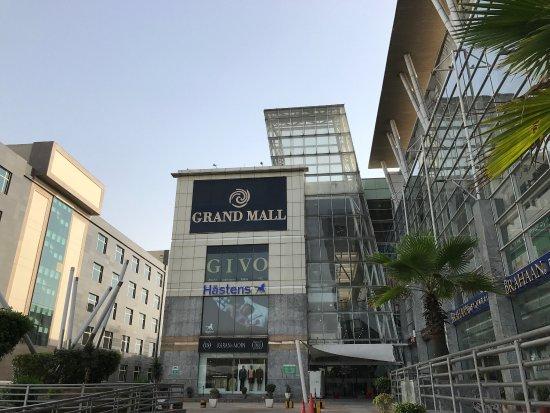 Mall Mile