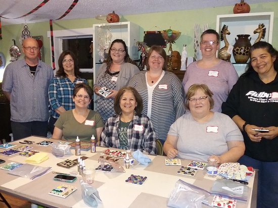 Boscobel, WI: Mosaic workshop at The Quick Running Squash! What a great time!