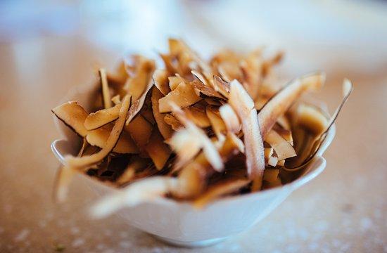 Σεν Τζονς, Αντίγκουα: Coconut chips.  Pure heaven!
