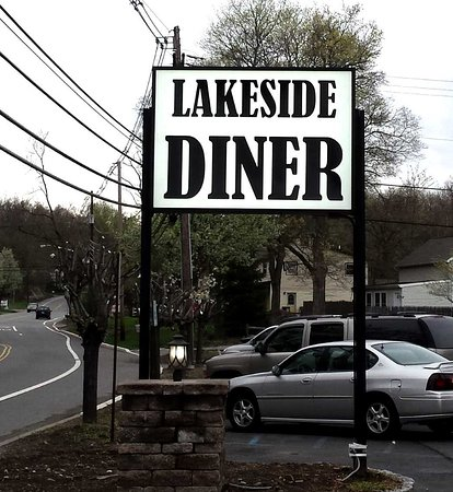 Ringwood, NJ: Lakeside Diner Sign