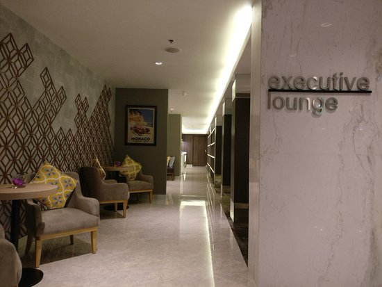 Ho Chi Minh City Airport Hotels - Hotels Near SGN Airport