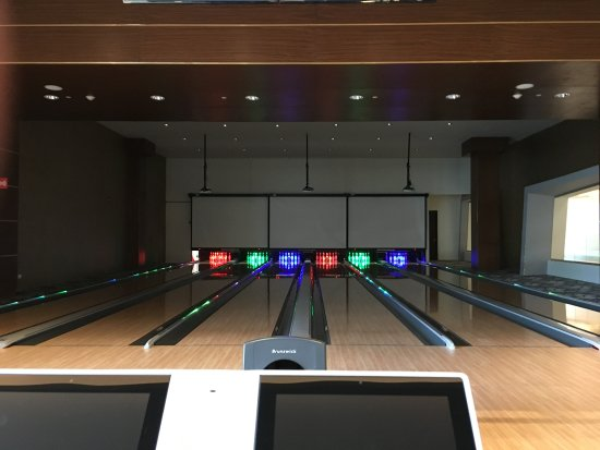 Bowling alley - Picture of Moon Palace Cancun, Cancun - TripAdvisor
