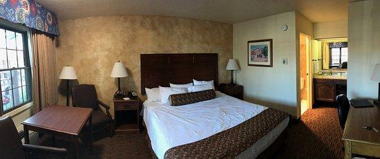 Arroyo Grande, Californië: Comfy bed