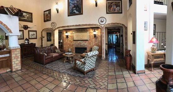 Arroyo Grande, Kalifornia: Lovely lounge area