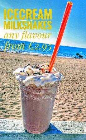 Widemouth Bay, UK: Gerrys Originals Ice cream & Snacks